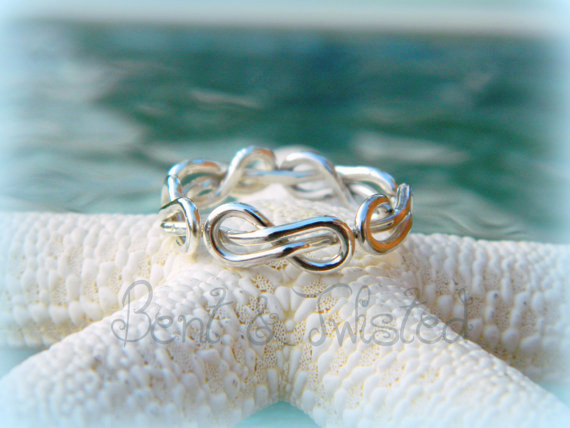 Silver Continuous Infinity Knot Ring